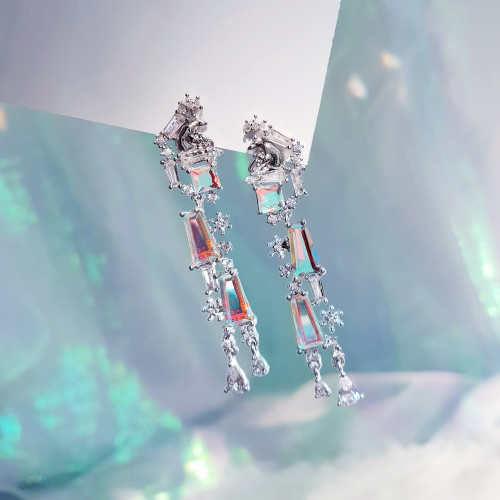 [Wingbling] Tear of Glacier 3-Polar Bear Earrings