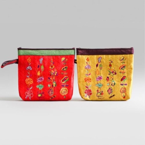 [palbok] Embroidered Quilted Hand Bag