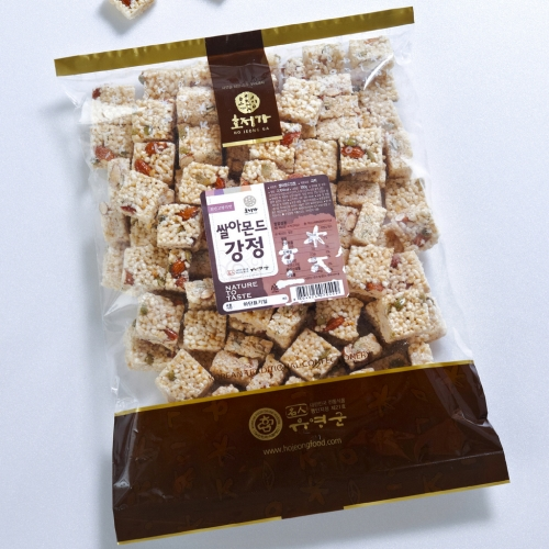 [Hojeongga] Hojeongga Rice Almond Gangjeong (Sweet Crackers with Almond) (500g)