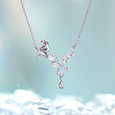 [Wingbling] Tear of Glacier 1-Polar bear Necklace
